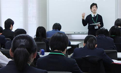 都立高校推薦入試、20日後に迫る ~実践型の対策講座に25名の受講生が参加しました~